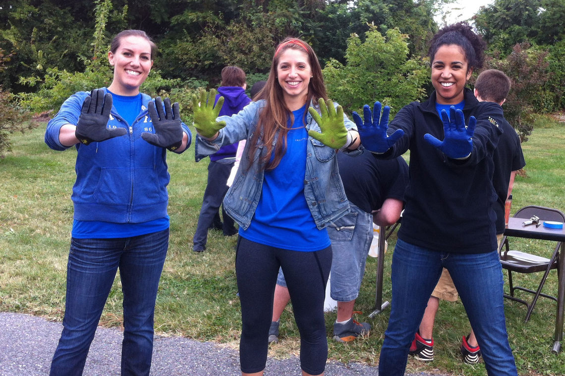 Green Giving Back: Participating in Green Apple Service Day