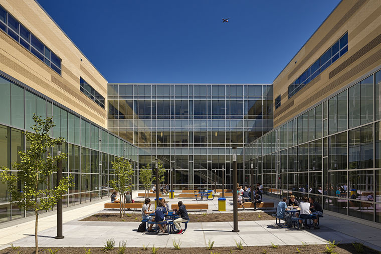 Severna Park High School Receives AIA Design Award