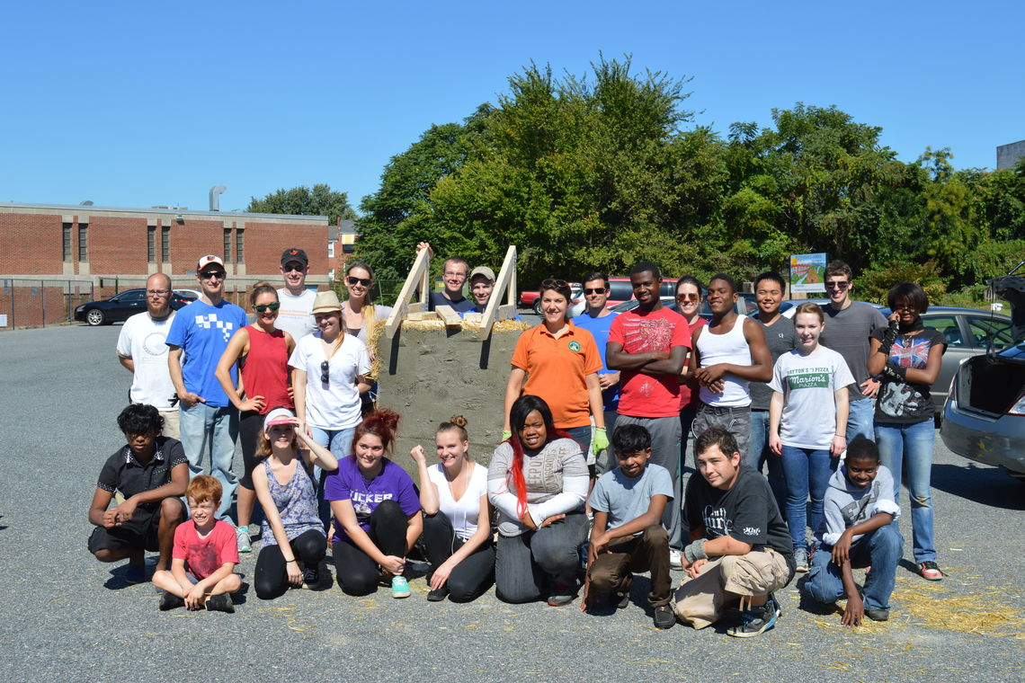 GWWO Participates in Green Apple Service Day 2014