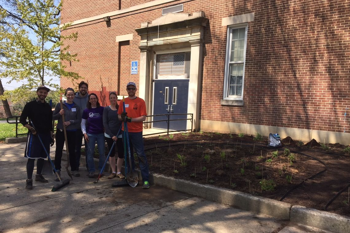 GWWO Participates in Green Apple Day of Service 2018